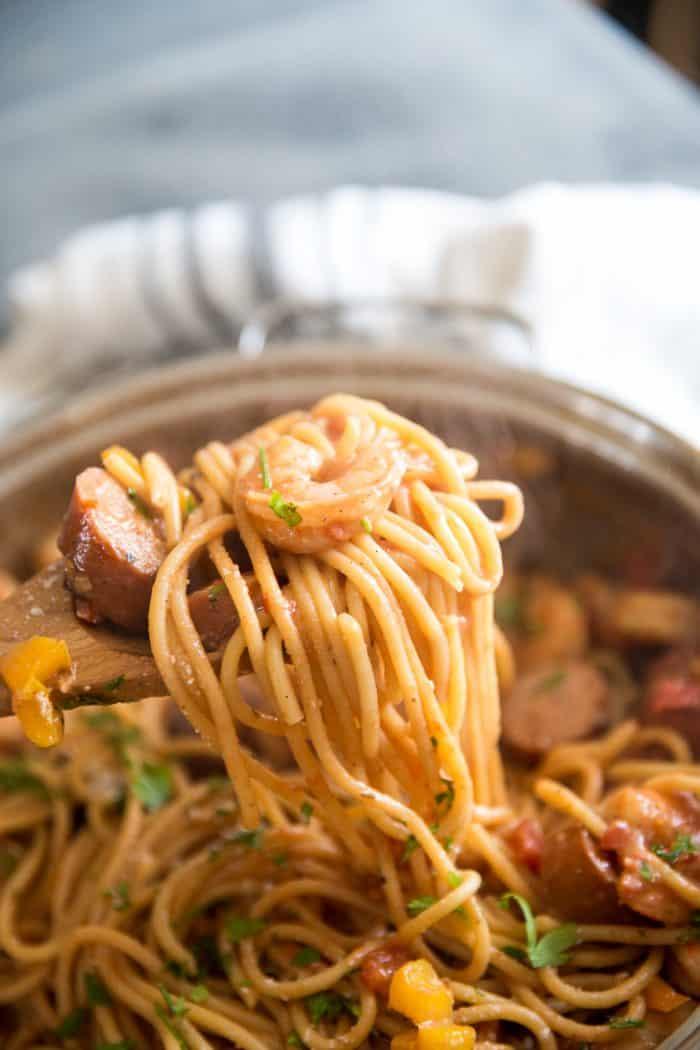Jambalaya pasta scooped up