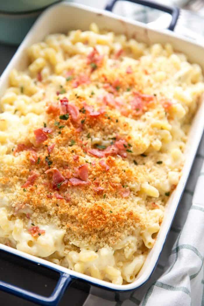 Crab and bacon mac and cheese close u