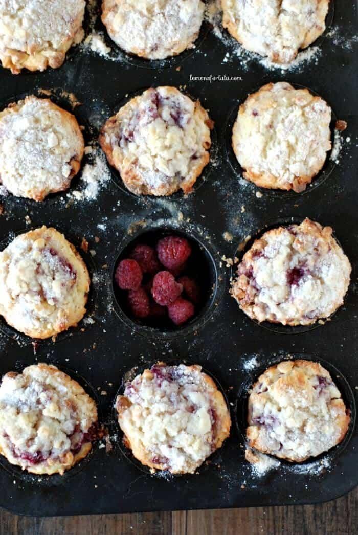Lemon Raspberry Muffins www.lemonsforlulu.com