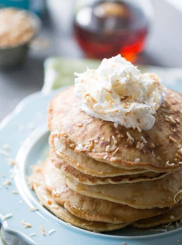 https://i2.wp.com/lemonsforlulu.com/wp-content/uploads/2015/08/Coconut-Pancakes-4.jpg