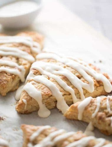 Easy scones recipe with made with pure maple syrup and butterscotch chips! lemonsforlulu.com