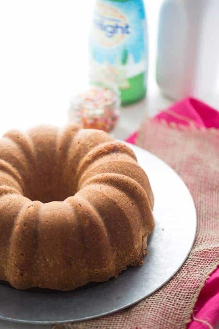 Sugar cookies are wonderful but a sugar cookie flavored cake is even better! lemonsforlulu.com