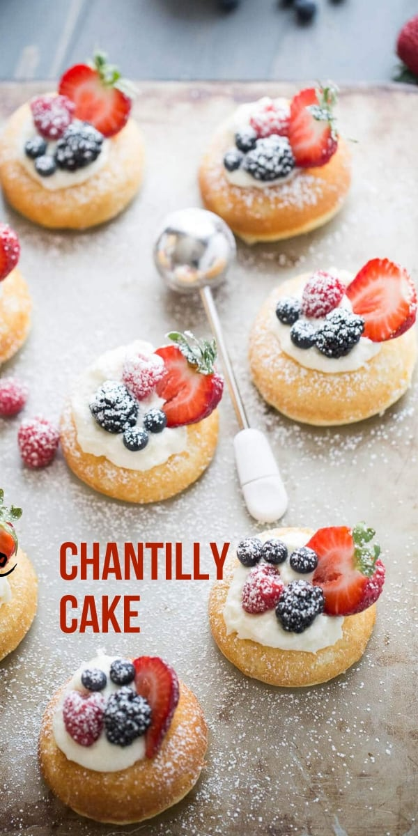 Chantilly cake title