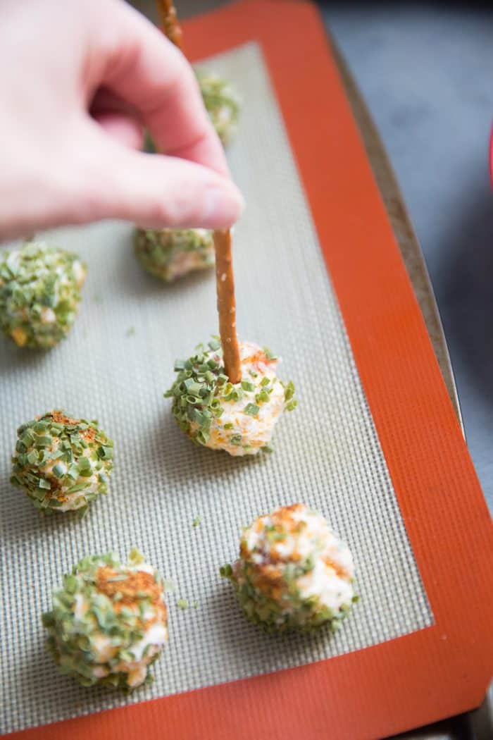 Bacon cheese ball appetizer
