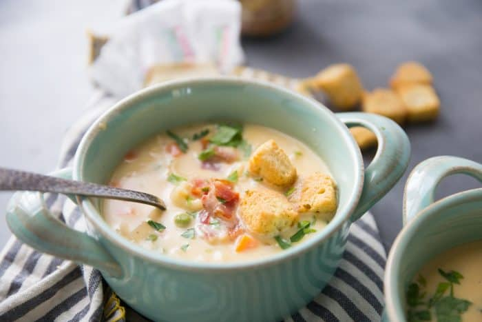 Beer Cheese Macaroni Soup