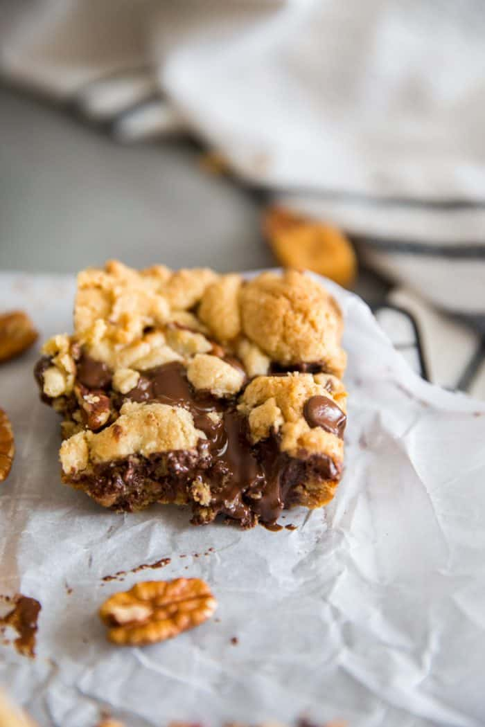 chocolate chip cookie bars with lots of chocolate
