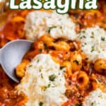 skillet lasagna photo with title