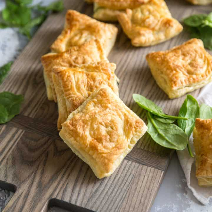 spanakopita hand pies with spinach