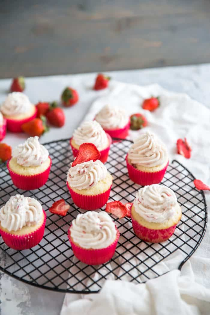 Strawberry cupcakes dozen