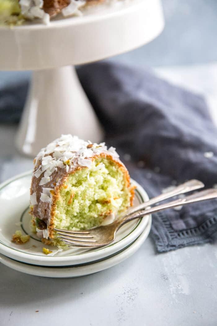 pistachio cake slice
