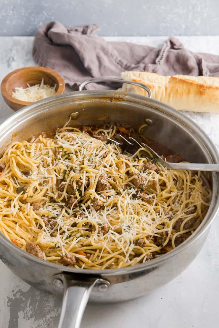 ragu and spaghetti with utensil
