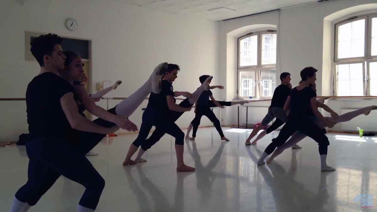 Contemporary ballet classes at Vienna State Ballet Academy