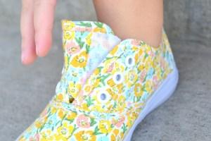 Tie Shoes into Velcro Shoes: tutorial