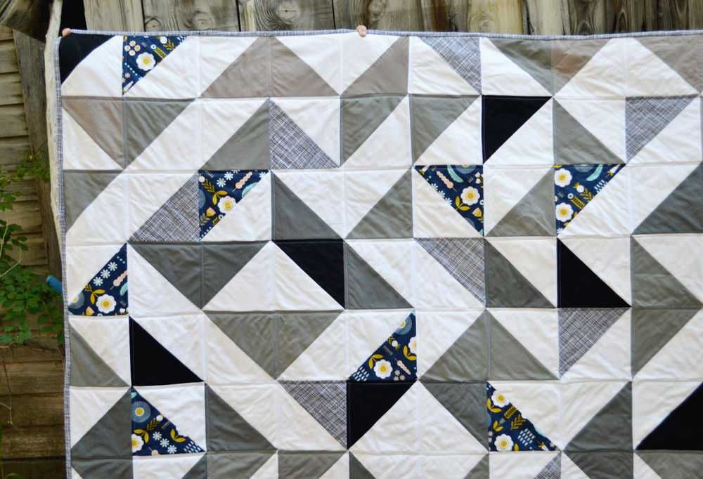 Triangle Quilt // lemon squeezy home