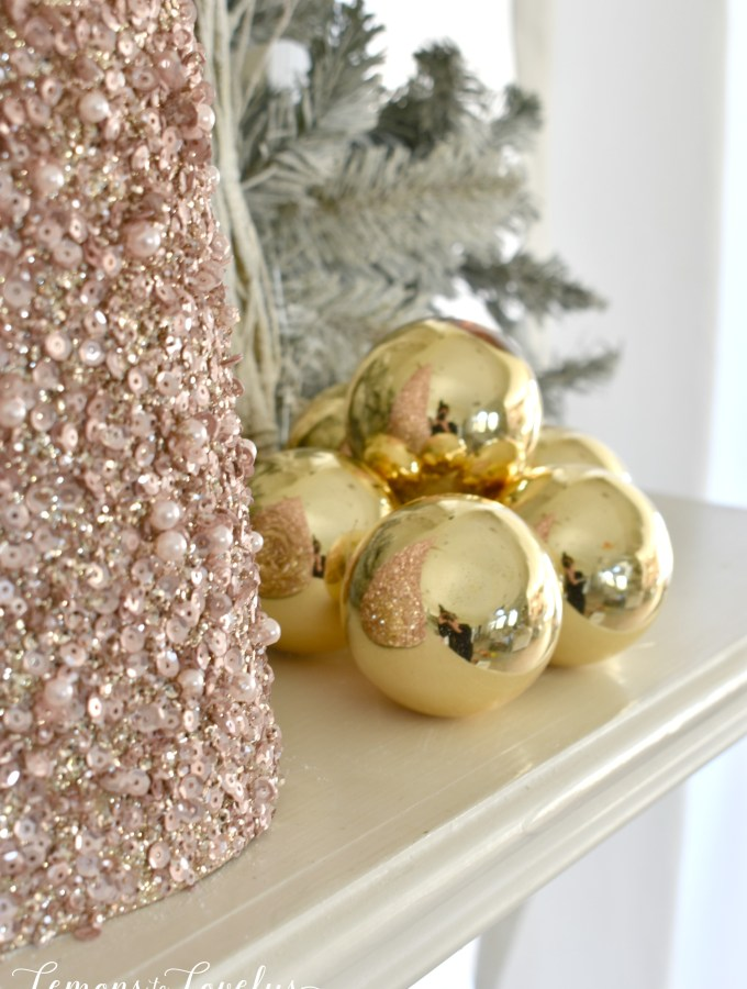 Decorating Tips for the Holidays www.lemonstolovelys.com