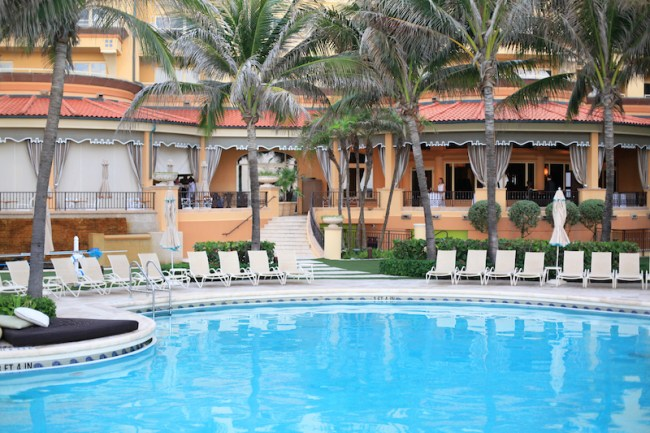 Eau Resort Palm Beach Pool