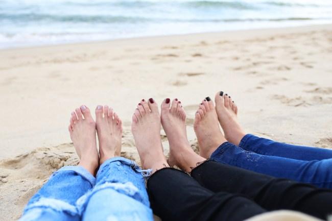 barefeet-on-the-beach