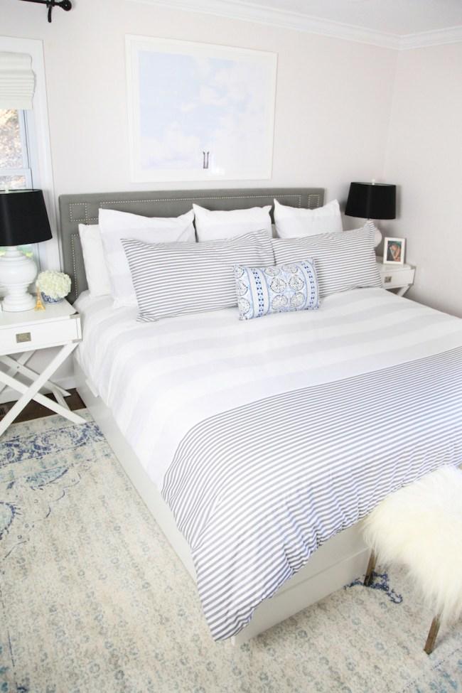 lemon-stripes-bedroom