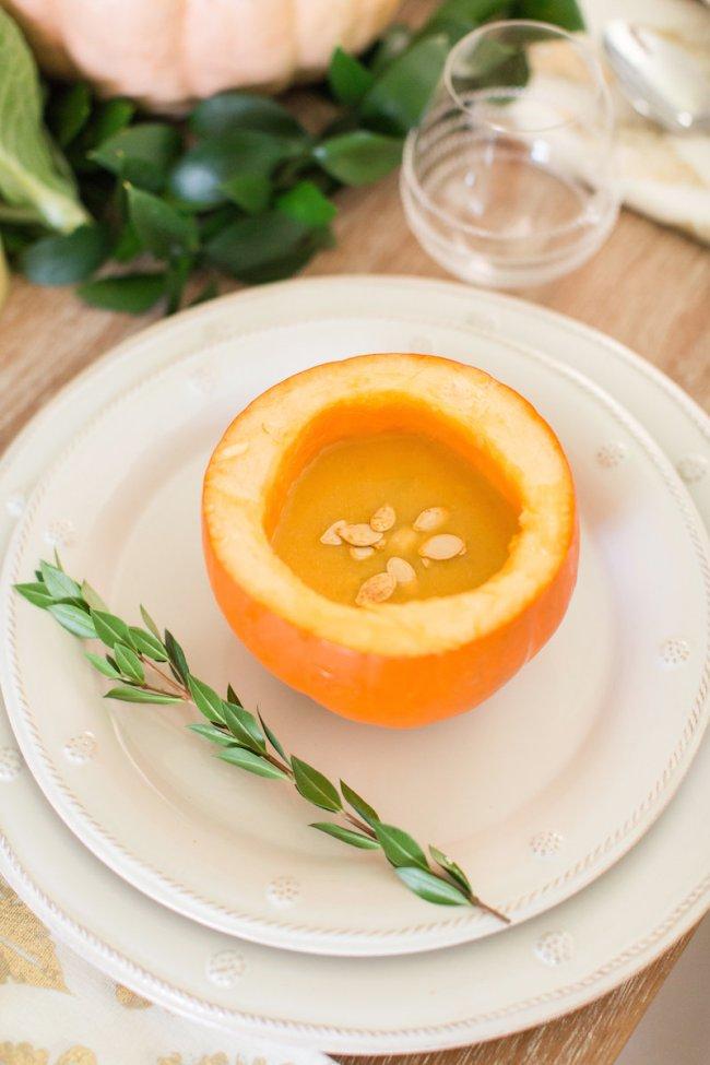 Sweet potato pumpkin-bowl soup