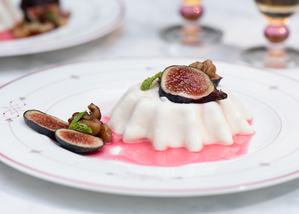 Spiced Figs with Yogurt Panna Cotta recipe.
