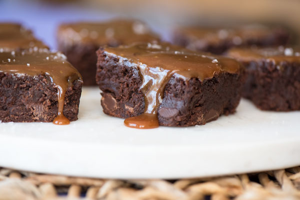 Fudgy Brownies with Sea Salt and Caramel, reicpe