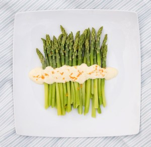 Asparagus with orange mayonnaise and Seared Chicken Skewers with Rosemary recipe.