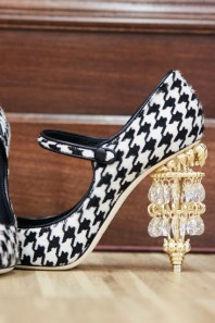D&G AW 2016-2017 ready-to-wear catwalk VII