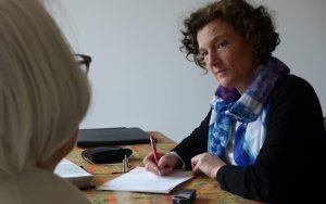 Une écrivaine publique en Essonne
