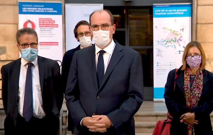 Jean Castex Premier ministre devant le siège de APHP