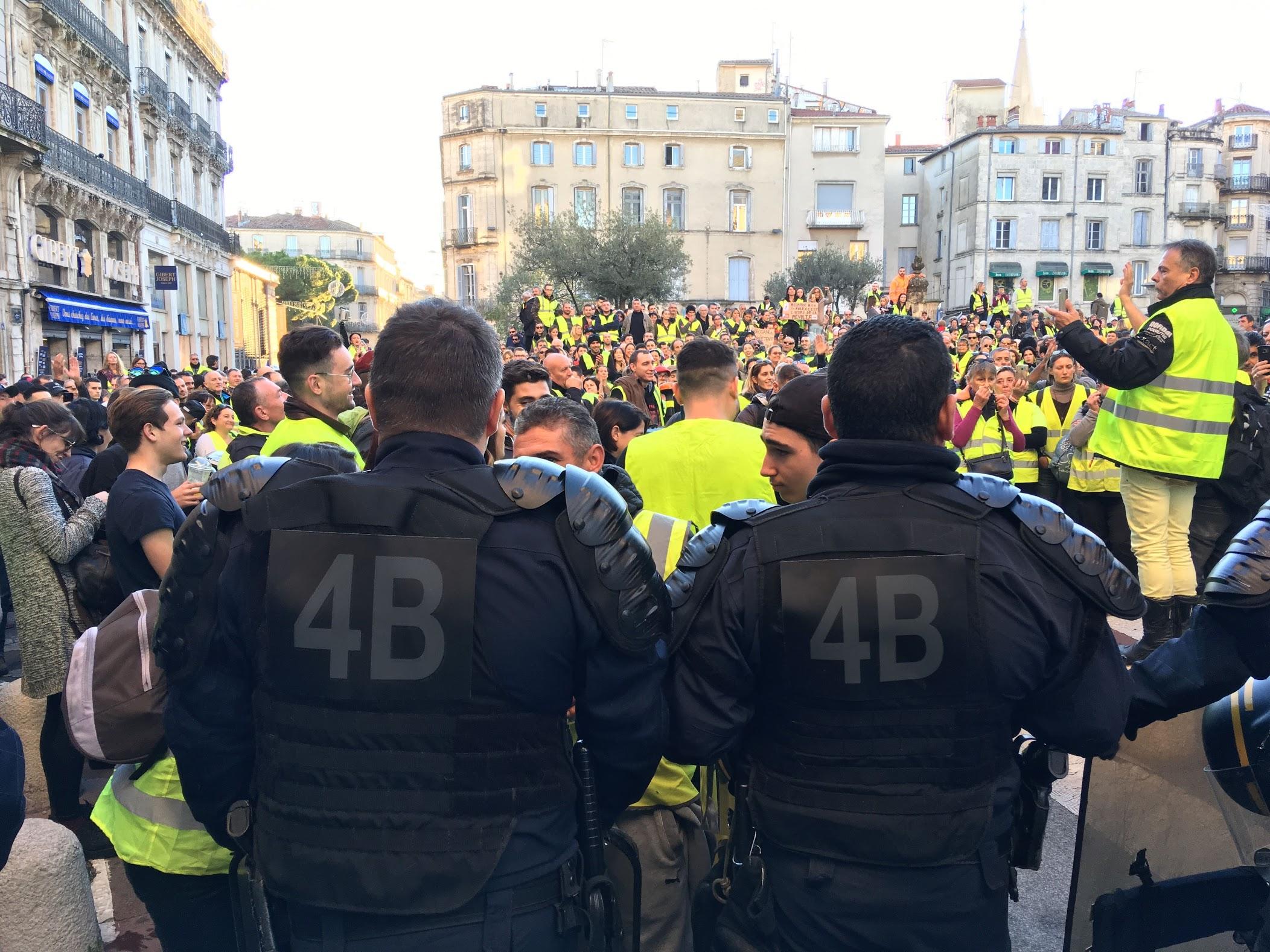 Novembre 2018 Montpellier préfecture rassemblement Gilets Jaunes - Photo © JP Vallespir