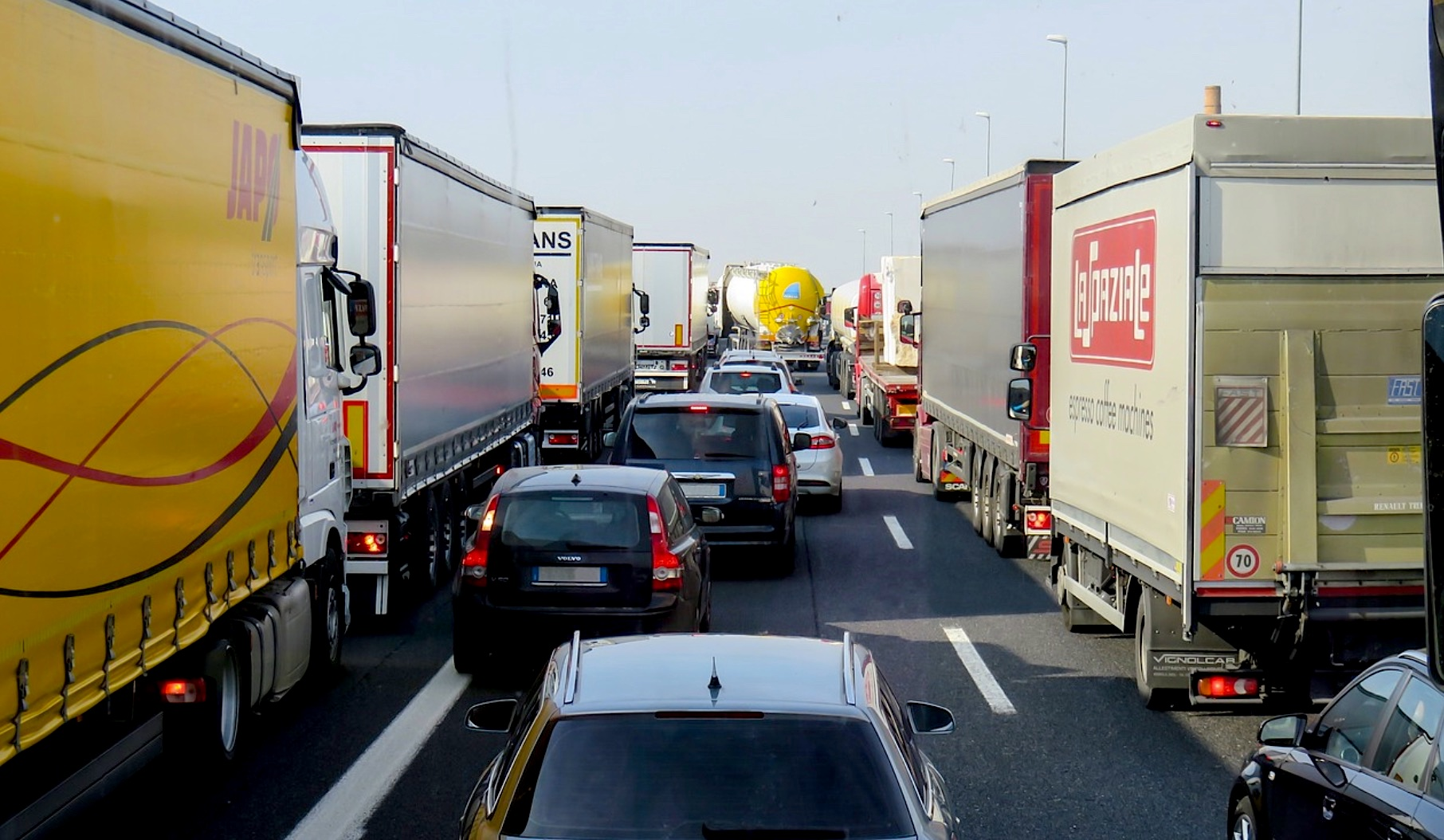 Circulation poids lours camions