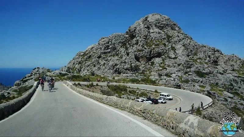 strade a Maiorca. Percorriamo il nodo di cravatta per arrivare al faro di Cap de Formentor