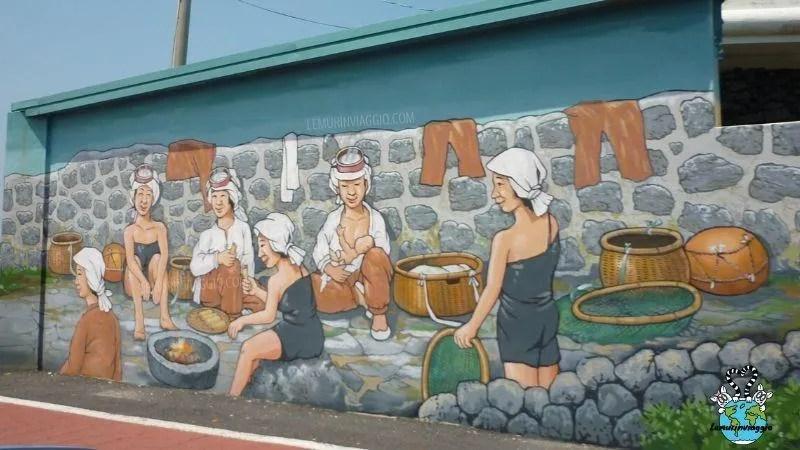 Street Art le ultime sirene di Jeju in Corea