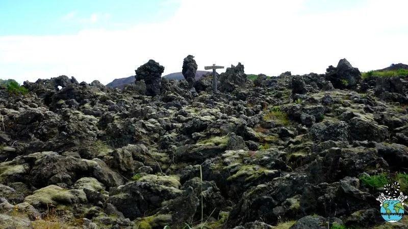 eruzione del vulcano Eldfell nell'arcipelago delle isole Vestmannaeyjar