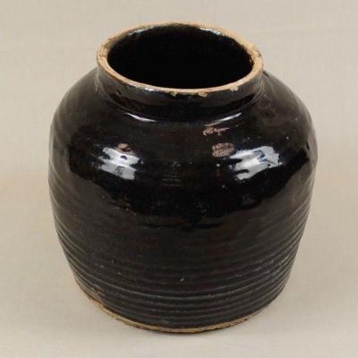 Vaso basso in terracotta invetriata nero