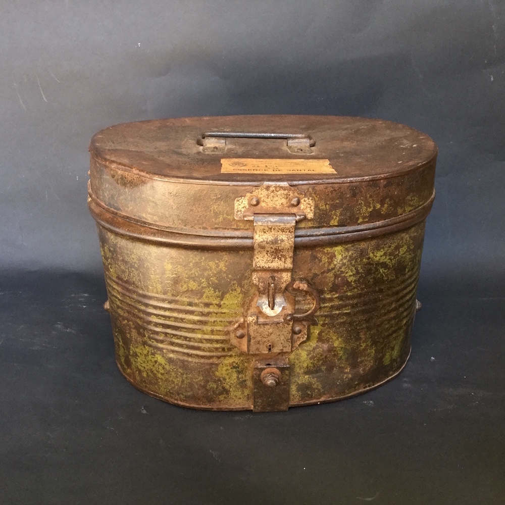 Scatola vintage in metallo