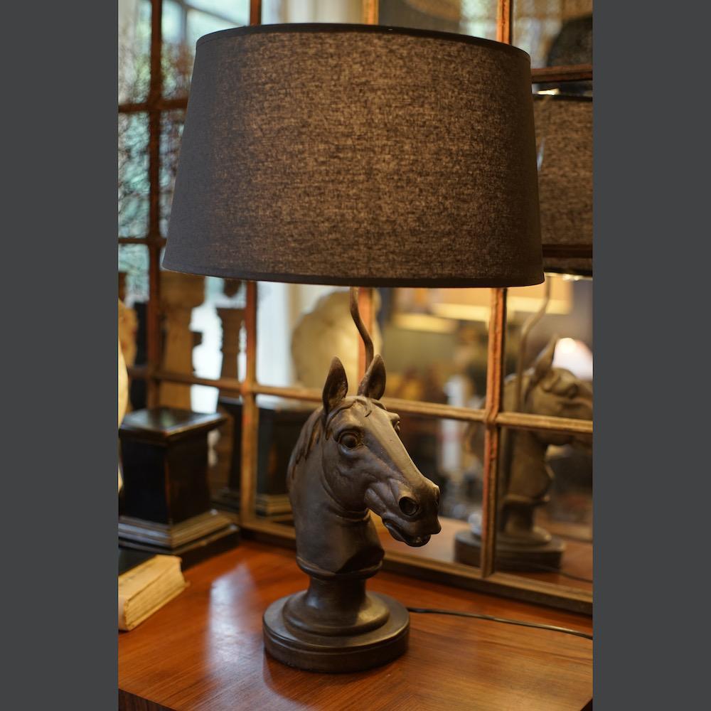 lampada appoggio cavallo