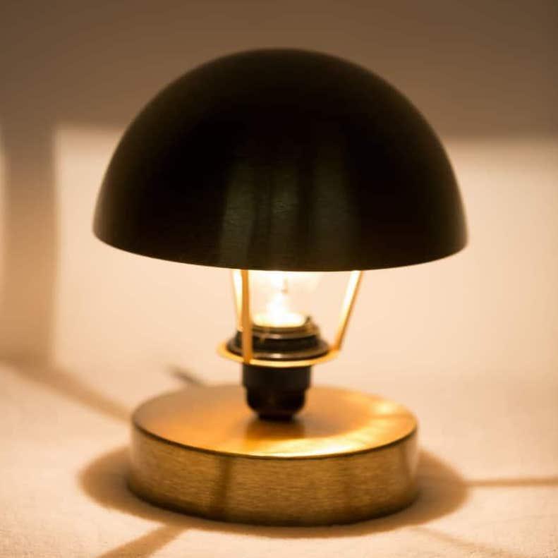 lampada tavolo Nina oro ottone