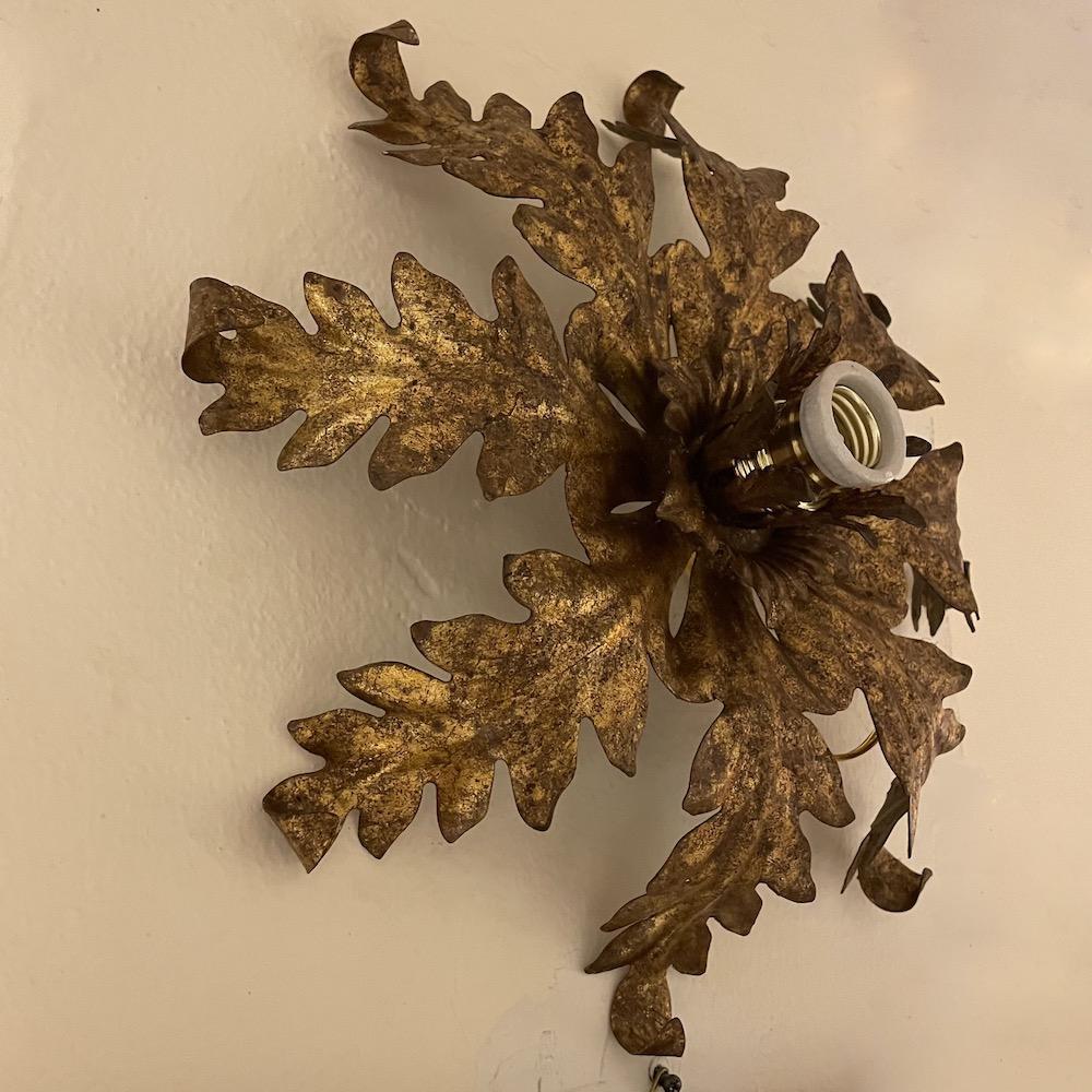 lampada muro metallo oro