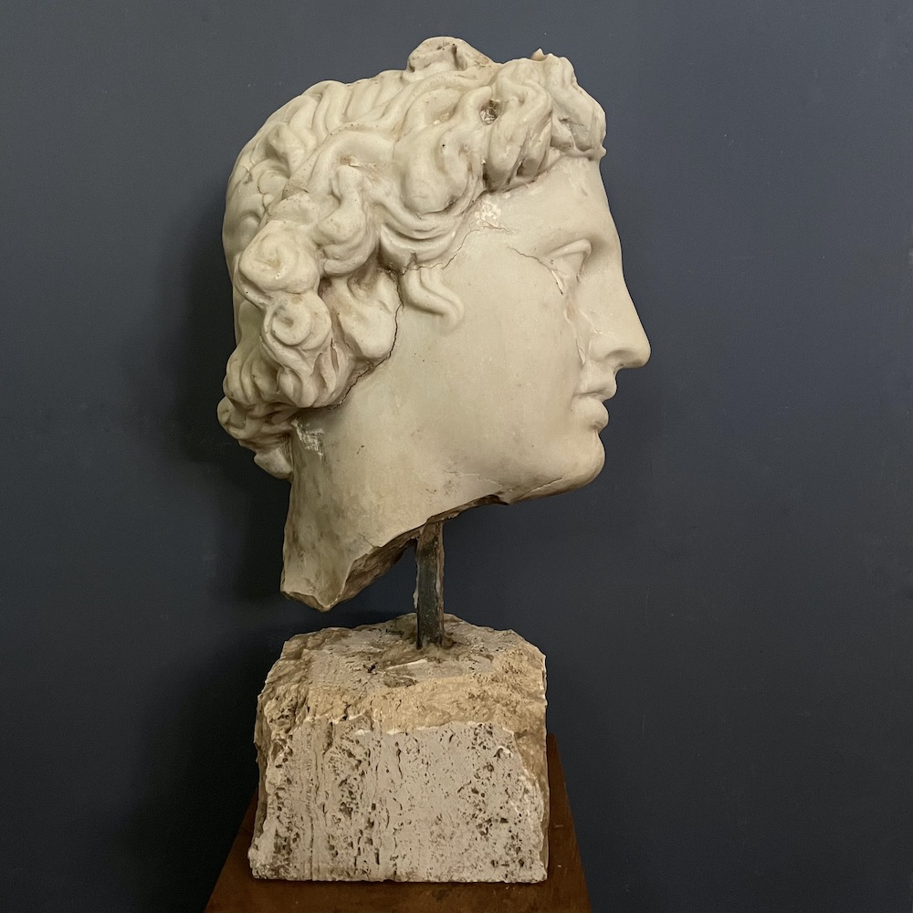 frammento testa greca classica
