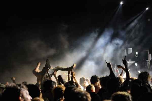 Slaves Pointu Festival 2019 six fours
