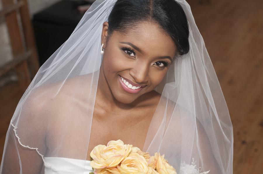 black bride with natural makeup