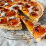 Aprikosten Tarte mit Mandeln