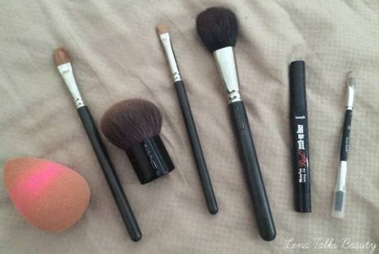beauty blender, mac makeup brushes, benefit they're real eyeliner