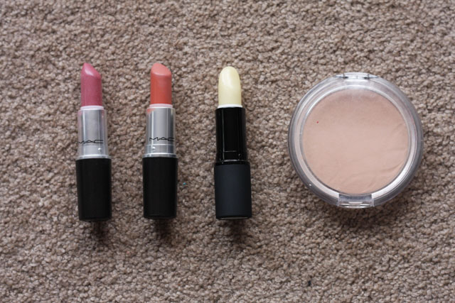 MAC Syrup lipstick, MAC Velvet Teddy lipstick, living nature lip balm, Essence powder