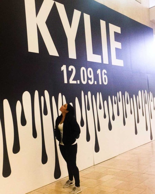 Kylie Jenner pop up shop outside - Lena Talks Beauty-1