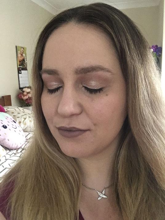 Lena Talks Beauty wearing NYX professional makeup Cosmic Metals eyesahdow palette
