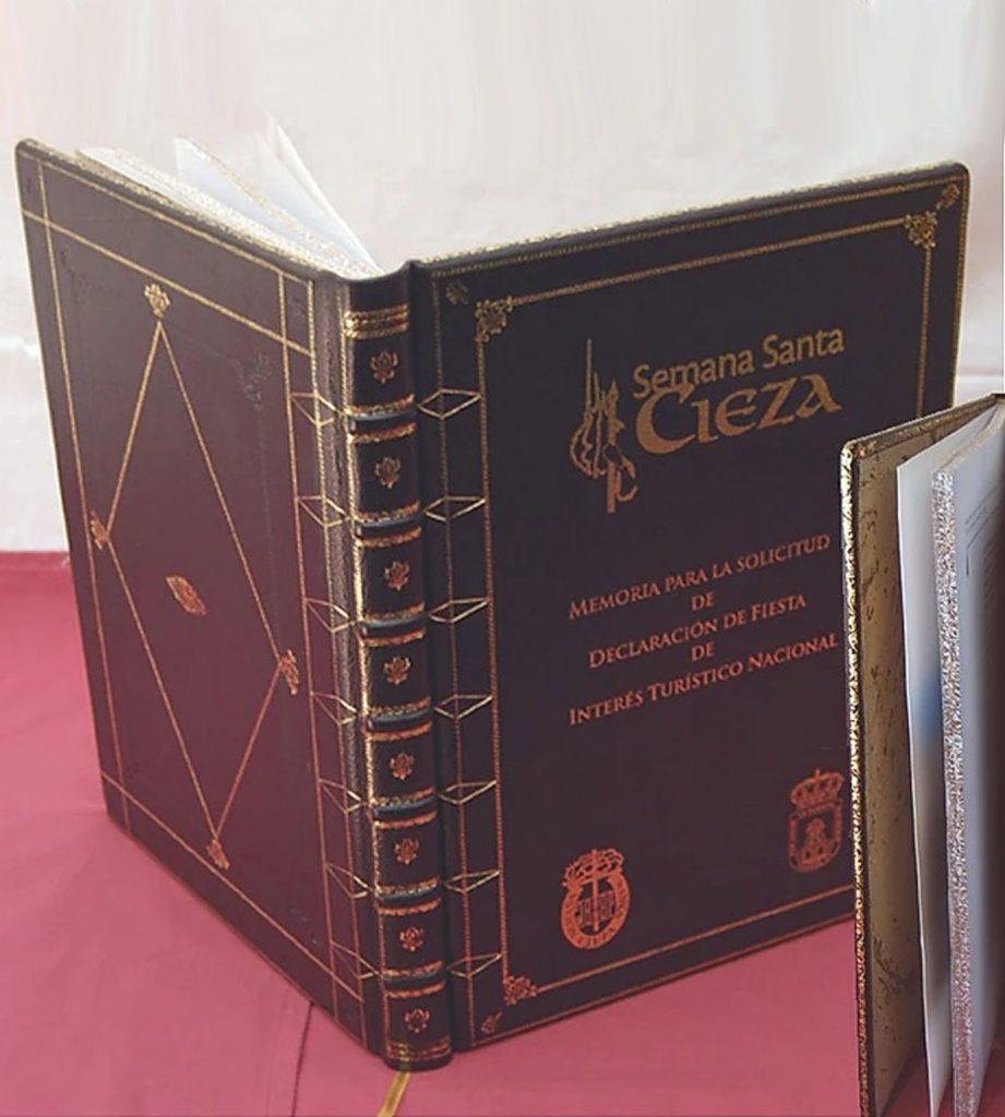encuadernación-libro-piel-Lencina-Quilez-Semana-Santa-Cieza
