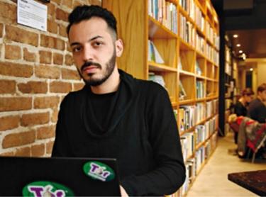 Nima Fatemi từng dùng Tor để loan tin về cuộc nổi dậy ở Iran và nay là người đi đầu cổ xúy cho trình duyệt này (Ảnh: Mariel Iezzoni)