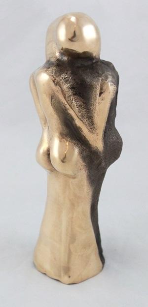 bronzeskulptur_lene_purkaer_stefansen_bronzefigur_kunst_skulpturer_kaertegnes_vi_af_solens_straeler